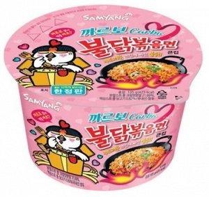 Лапша быстрого приготовления со вкусом острой курицы и соуса карбонара