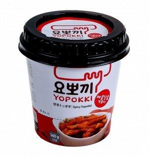 """Рисовые клецки """"Yopokki"""" с острым соусом"""