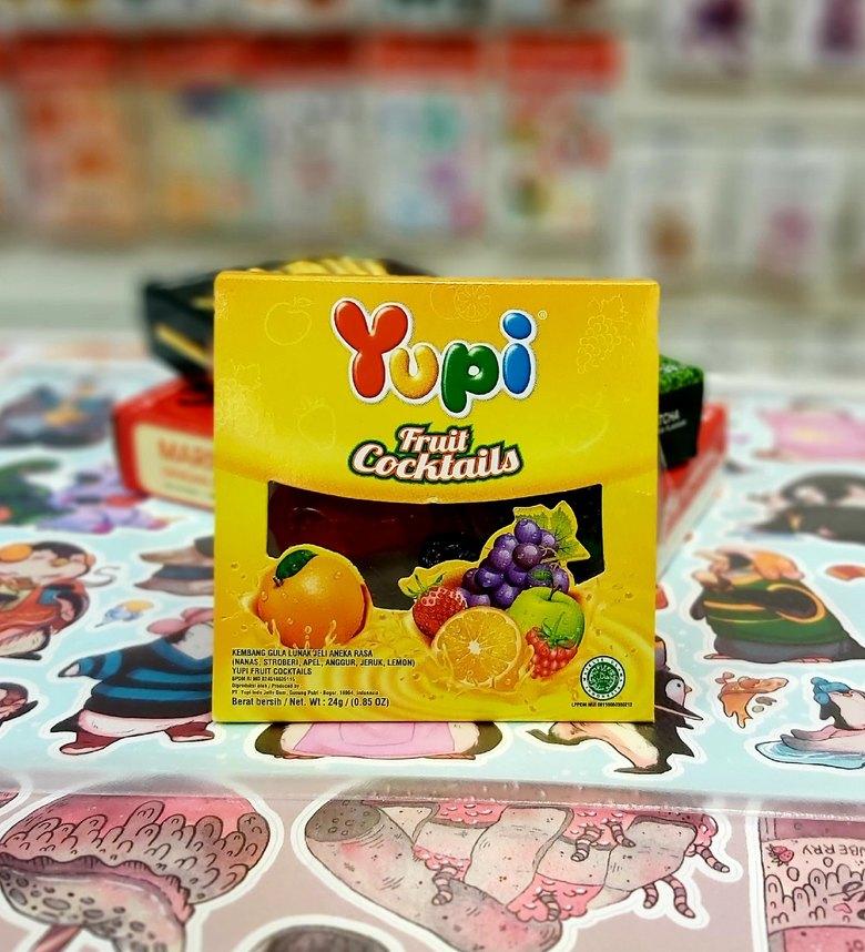Жевательные конфеты Yupi Fruit Cocktails