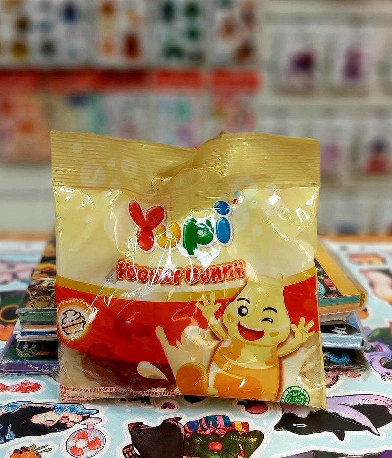Жевательные конфеты Yupi Yogurt Gummy
