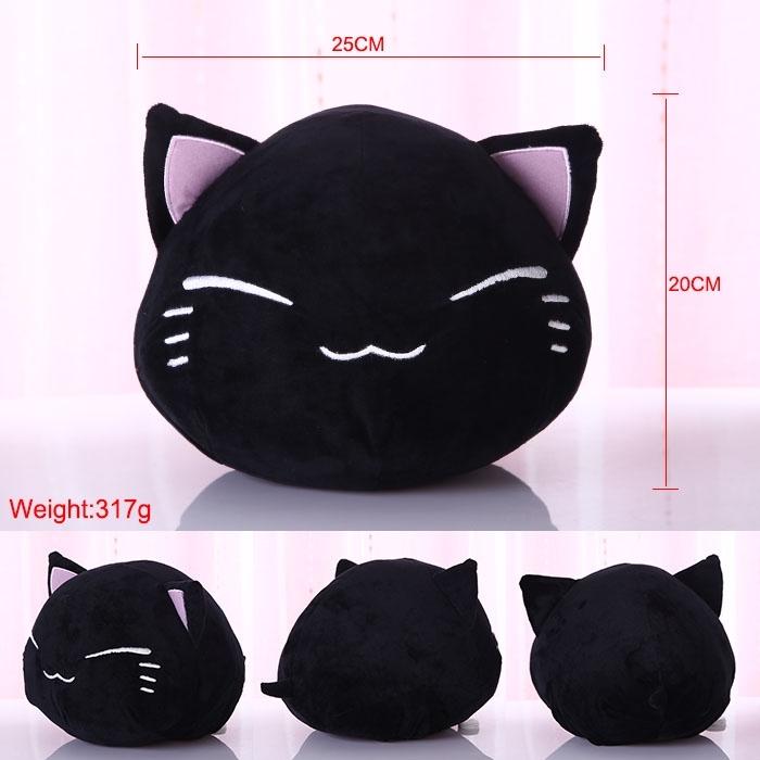 Декоративная фигурная подушка черный котик