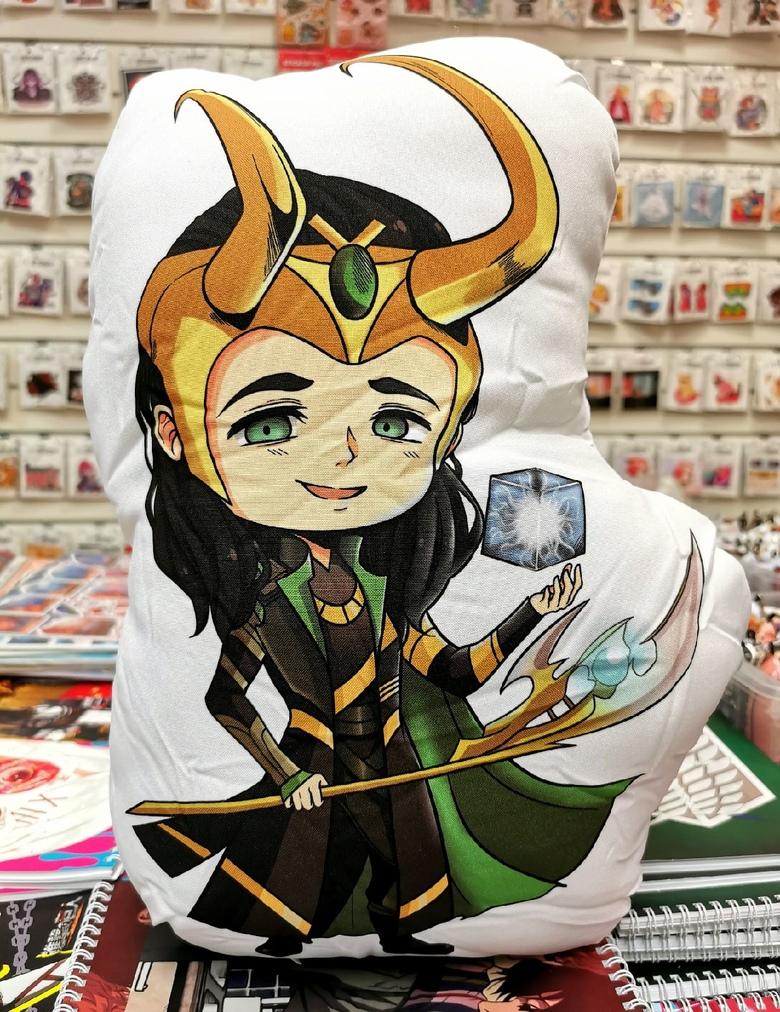Декоративная фигурная подушка Локи/ Loki/Marvel (2)